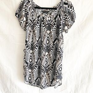 🌷3 FOR $25 SALE🌷 Dorothy Perkins patterned tunic
